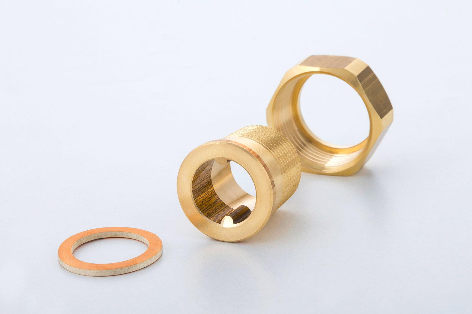 Nippelverschraubungen produziert durch METUSAN TURNING GmbH