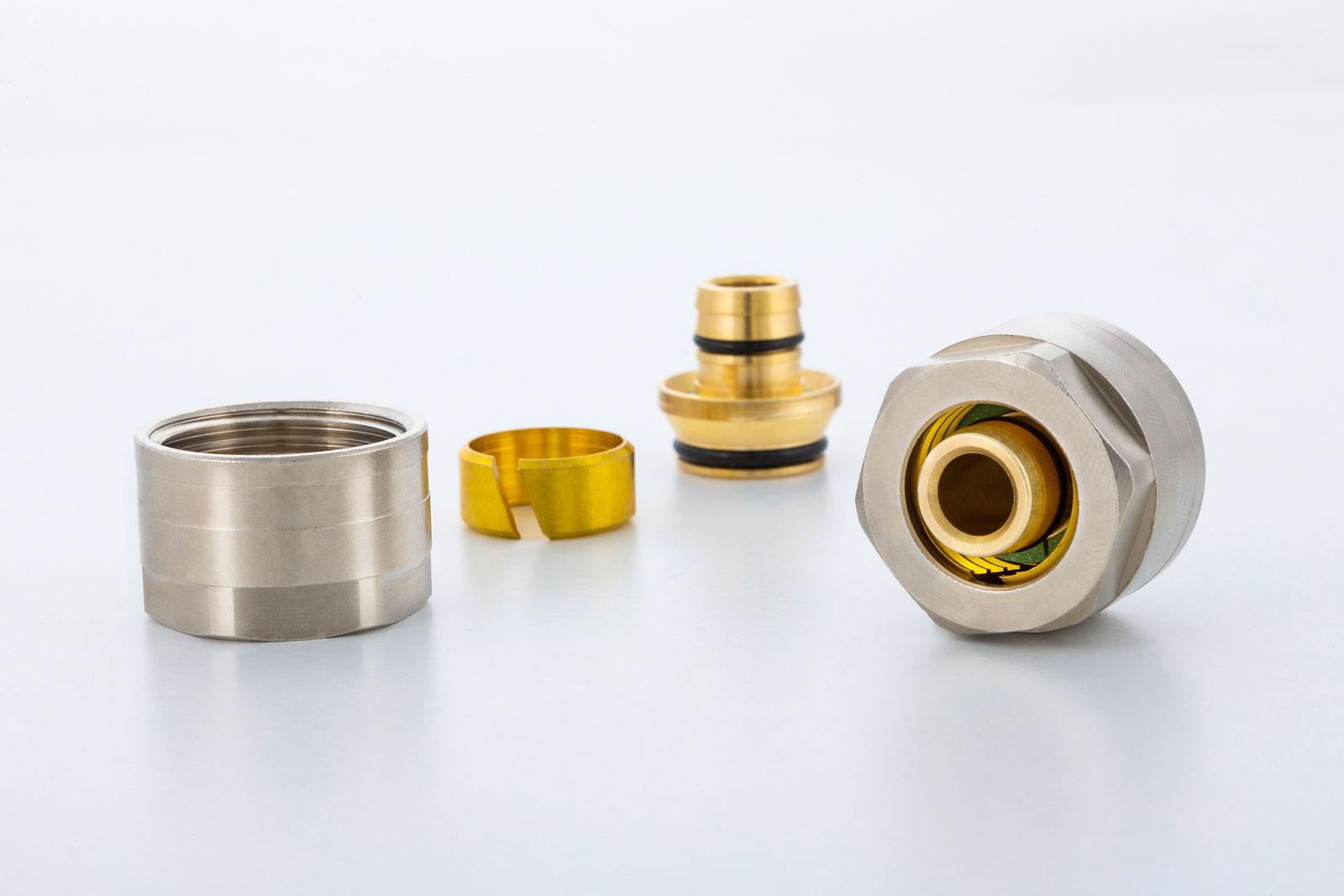 Verschraubungen produziert durch METUSAN TURNING GmbH