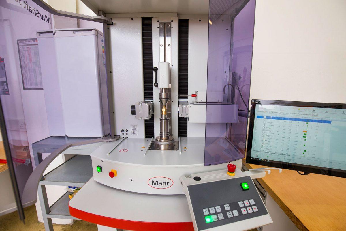 Automatisches optisches rotationales Messmikroskop bei METUSAN TURNING GmbH
